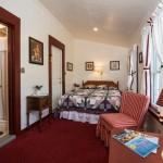Room 9: First Floor Queen Bedroom