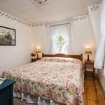 Suite 6: Bedroom